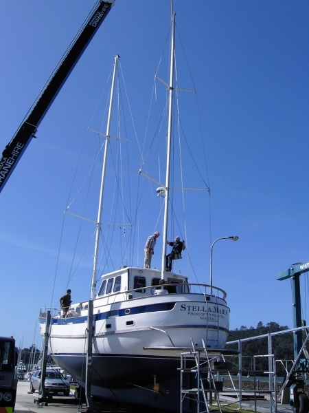 Georgia Alexis - re-stepping masts