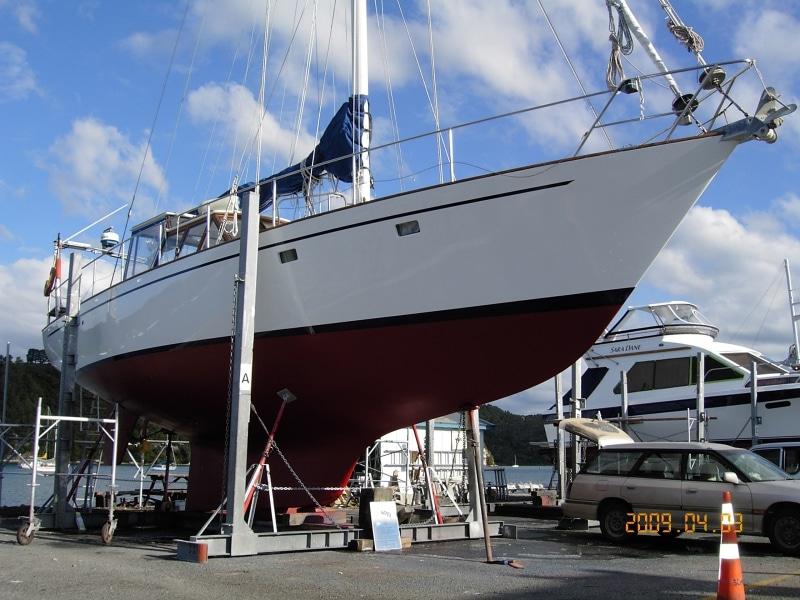 Kiwi Blue hull painted