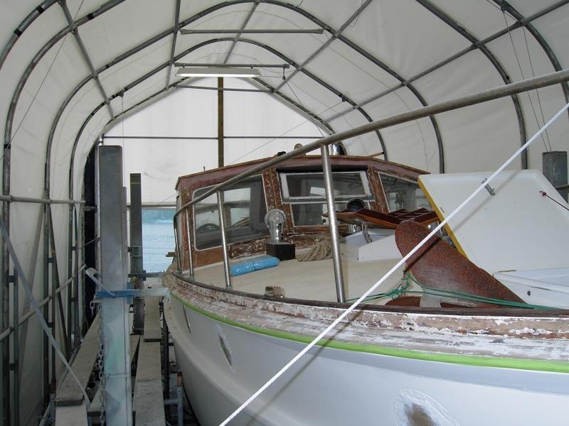 Marguerite - side decks stripped