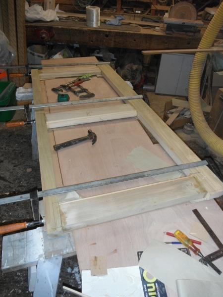 Sundancer making new door
